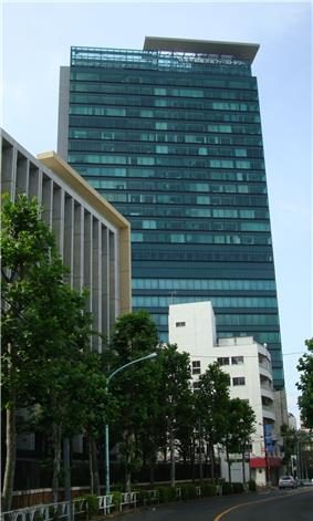 Shibuya First Tower Tokyo 1