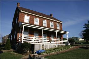 Henry Shoemaker Farmhouse