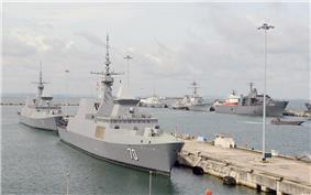Singapore and United States warships at Changi Naval Base in 2015