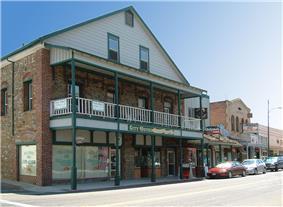 The old city hotel on South Washington Street