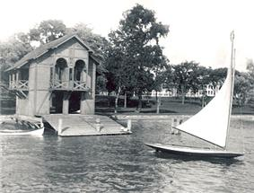Spaulding-Sidway Boathouse