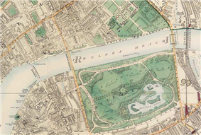 Map of a wide river running east and west through a city. The center is dominated by a green park, mostly south of the river. Four bridges cross the river: two at the park's boundaries, one west of the park, and the other (a railway bridge) east of the park.
