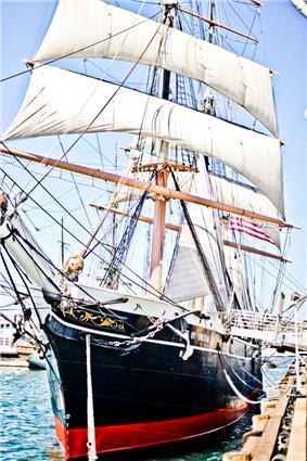 Star of India harbor San Diego.jpg