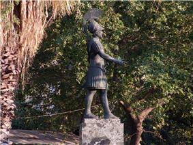 Statue de Thémistocle.JPG