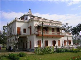 Shilaidaha Kuthibari, the famous residence of Rabindranath Tagore in Kushtia, is a popular tourist destination