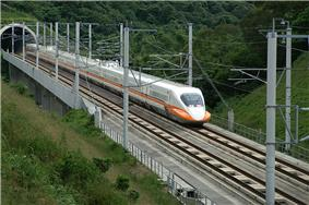 THSR train on test run