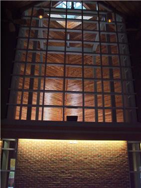 Taylor University Prayer Chapel Interior Center.JPG