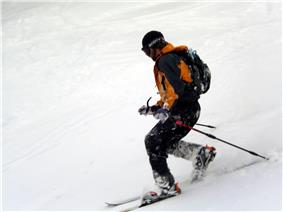 Telemark skier at Mount Stirling