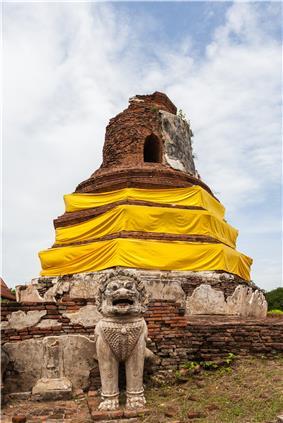 Templo Thammikarat, Ayutthaya, Tailandia, 2013-08-23, DD 07.jpg