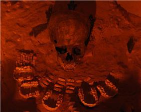 Teotihuacan-Entierro de la pirámide de la Serpiente Emplumada.jpg