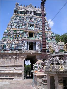 View of the Kalyanasundaresar temple tower