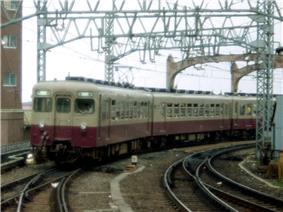 Tobu EC 6000 at Asakusa Sta2.jpg