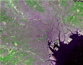 Satellite photo of Tokyo's 23 Special wards taken by NASA's Landsat 7