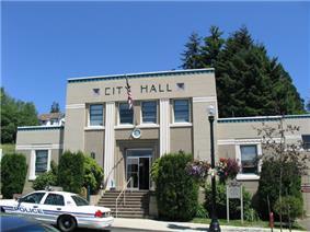 The city hall building in Toledo