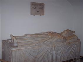 A photo of the sarcophagus of Pope Boniface VIII