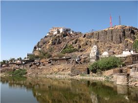 Pavgadha hill