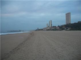 Amanzimtoti Main Beach