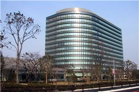 The headquarters of Toyota Motor Corporation, the presenting sponsor of the FIFA Club World Cup, is visible in this photo.