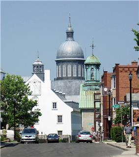 View of buildings in the Trois-Rivières Historical Complex, including the Ursulines dome
