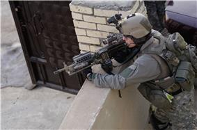 U.S. Army Ranger, 2nd Battalion, 75th Ranger Regiment providing Overwatch in Iraq 2009.jpg