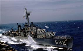 USS Allen M. Sumner (DD-692) in 1959.