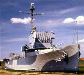 USS Hazard (AM-240)
