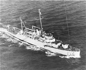 USS Kleinsmith (APD-134) underway off Guantanamo Bay, Cuba, c. 1948-49.