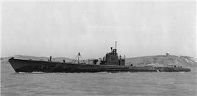 USS Sturgeon (SS-187) off Mare Island, 1943.
