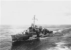 USS Yarnall (DD-541) in the Pacific, ca. 1944