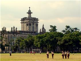 2007 photo of the University of Santo Tomas Main Building