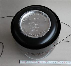 UrneOffenAschenkapsel.jpg