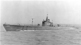 SS-203 Tuna, c. 1941