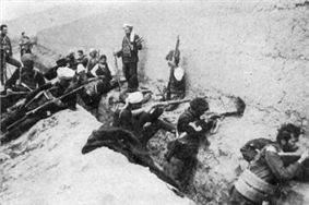 Van April 1915 Armenians.png