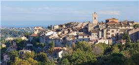View of Vence. In the background, the Mediterranean Sea.