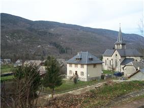The church and surrounding buildings in Saint-Jean-de-Couz