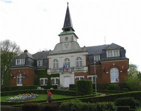 Villers-Bretonneux Town Hall