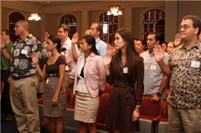 Richardson Students Reciting Law Student Pledge At Hawaii Supreme Court