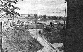 Warsaw 1944 by Lubicz - Stolica 002.jpg