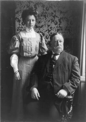 Helen Taft with her father