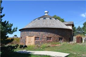 William Oakland Round Barn