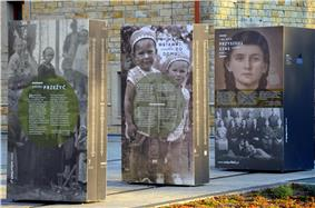 Wolyn1943 (exhibition) , Sanok, 2013-08.JPG