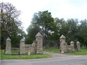 Woodlawn Cemetery and Woodlawn National Cemetery
