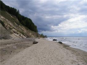 A cliff and a beach in the Woliński NP