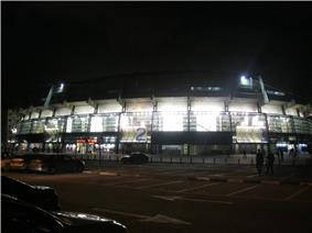 Yad Eliyahu Arena at night.JPG